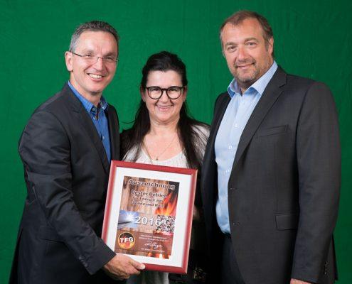 Haustechnik Breu - Auszeichnung Bester Betrieb für Energie, Sonne, Holz der Firma TFG in 2016